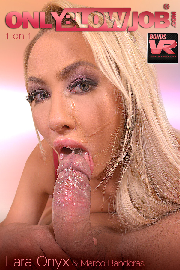 She SuXXX His Dick VR Porn